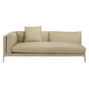 Кремовый кожаный диван